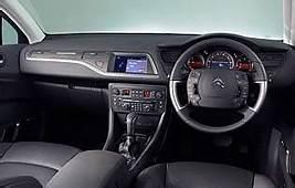 Car Reviews  Citroen C5 22 HDi 16V 173 Exclusive Saloon AA