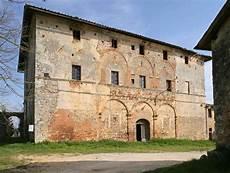 la caminata monteriggioni via francigena from monteriggioni to siena podere