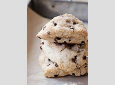 easy chocolate chip scones_image
