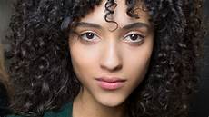 how to style curly hair without frizz how to easily curly hair without frizz stylecaster