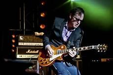 guitarist joe bonamassa joe bonamassa blues rock roll guitar concert wallpaper 3000x2000 408197 wallpaperup