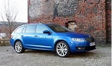 Skoda Octavia Estate Se Sport 1 4 Tsi Review Car