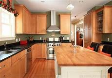 the best kitchen wall color for oak cabinets kitchen remodel kitchen design kitchen colors