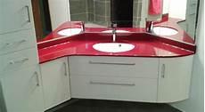 meuble de salle de bain en angle agencement d un angle de salle de bains atlantic bain