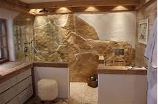 Natursteine Für Die Wand - naturstein badezimmer ideen