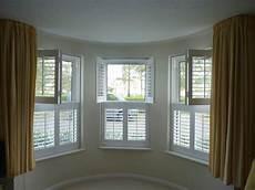 Fenster Rolladen Innen - interior window shutters design options opennshut
