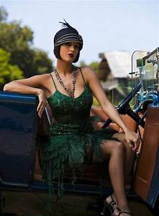 mode charleston femme the most flattering beaded flapper dress for you fmag
