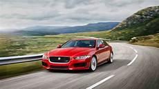 Der Neue Jaguar Xe - neuer jaguar xe erfinderisch in die mitte auto