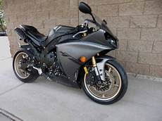 want to buy a 2014 yamaha yzf r1