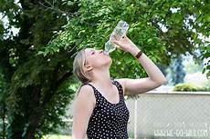 zu wenig trinken symptome zu wenig trinken diese folgen es auf den k 246 rper we go
