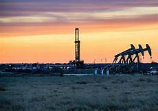 dug eagle ford getting gas from great rock hart energy