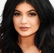 Kylie Jenner Kylie Jenner Is Sorry Her Lip Kits Broke The Internet