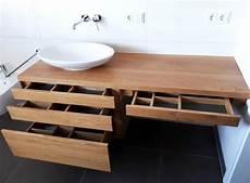 waschtisch gäste wc holz waschtischunterschrank aus holz modern massiv eiche
