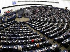 norme 4 voiture la norme pour les voitures connect 233 es en europe fait d 233 bat challenges