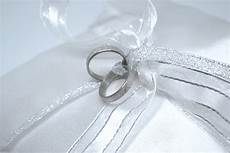 4 ways to make a ring pillow wikihow