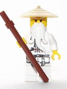 Ninjago Lego Sensei Wu Lego Ninjago Sensei Wu Minifigure Fr Jeux Et