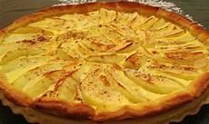 torta di mele con crema pasticcera bimby ricette bimby dolci veloci la crostata di mele con crema pasticcera urbanpost