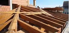 tetto a padiglione in legno coperture in legno casa unifamilare tre emme service