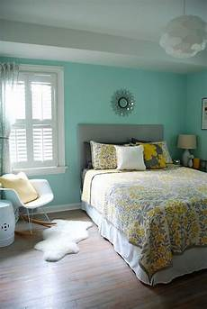 Aqua And Grey Bedroom Ideas by 21 Grey And Yellow Bedroom Designs To Amaze You Interior God