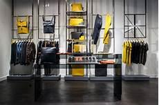 Porsche Design Store Berlin - das neue luxusstore porsche design in berlin mitte