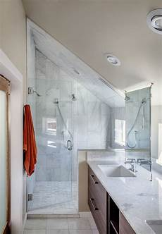 Attic Ensuite Bathroom Ideas by The 25 Best Sloped Ceiling Bathroom Ideas On