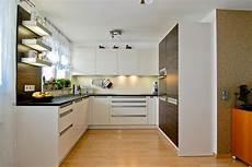 ideen für küchenzeile hochschrank ecke k 252 che bestseller shop f 252 r m 246 bel und