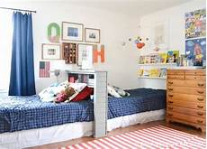 Two Boys Bedroom Ideas For Small Rooms by 8 Awesome Shared Room Ideas For Boys