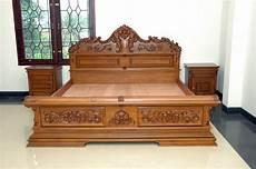 Tempat Tidur Ukir Klasik Modern C 01 Mebel Jati
