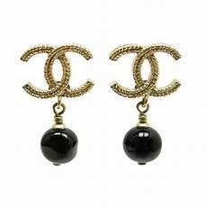 boucles d oreilles chanel logo cc perle pendante