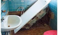 alte badewanne ausbauen vorwandelement verkleiden selbst de