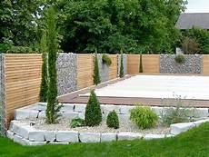 Gabionen Und Holz Sichtschutz Kombiniert Garten