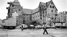 Rostock 1989 Schonungslose Fotos Der Altstadt Spiegel