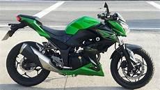 Rodolfinho Da Z Testando Kawasaki Z 300