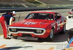 99 STP Plymouth Road Runner  Sports Old Race Cars