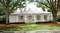 choosing exterior paint colors southern living youtube