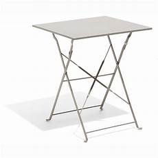 table pliante 2 personnes table carr 233 e boston pliante taupe 2 personnes table de
