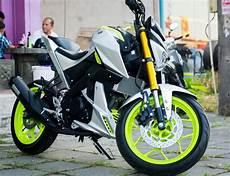 Warna Velg Motor Keren by Modifikasi Yamaha M Slaz Aplikasi Warna Silver Plus Aksen