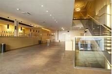 foyer teatro teatro vittoria foyer primo piano con area bar photo de