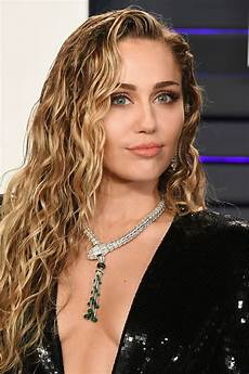 miley cyrus miley cyrus thefappening sexy sideboobs at oscar party