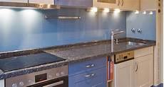Küche Spritzschutz Wand - wir renovieren ihre k 252 che rueckwand fuer kueche