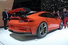 porsche 911 gt4 2015 geneva motor show porsche 911 gt3 rs and cayman gt4