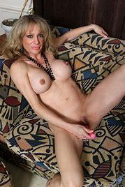 Sexiest breast pics