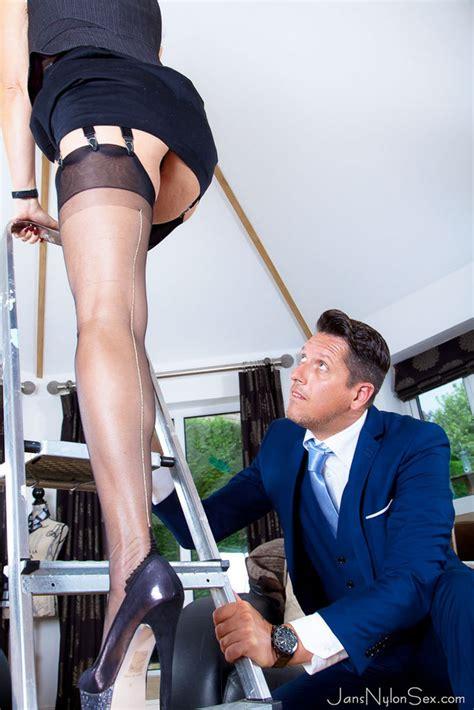 Jessica Alba Nude For Playboy