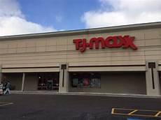 trjma76x t j maxx department stores 821 county road 64 elmira