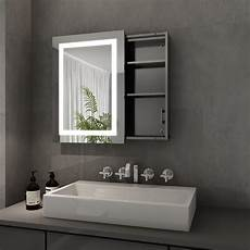 spiegelschrank mit steckdose led spiegelschrank bad mit beleuchtung und steckdose