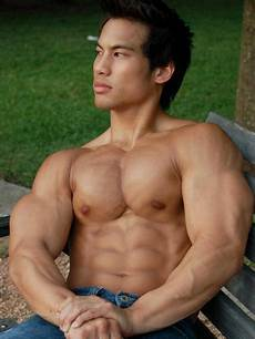david dust muscle hunk of the day tuan