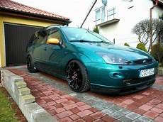Green Ford Focus Mk1 Wagon Version Big Rims Tomason Tn1