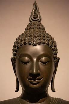 bilder buddha buddha statue im ayutthaya stil foto bild world