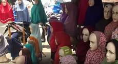 Contoh Toko Jual Jilbab Hijab Periklanan Toko Produk