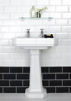 Black And White Subway Tile Bathroom Ideas by 35 Black And White Subway Bathroom Tile Ideas And Pictures